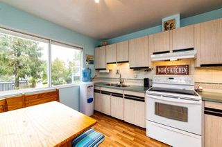 """Photo 12: 4683 HOSKINS Road in North Vancouver: Lynn Valley Townhouse for sale in """"Yorkwood Hills"""" : MLS®# R2500187"""