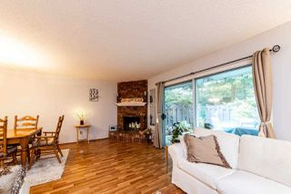 """Photo 8: 4683 HOSKINS Road in North Vancouver: Lynn Valley Townhouse for sale in """"Yorkwood Hills"""" : MLS®# R2500187"""