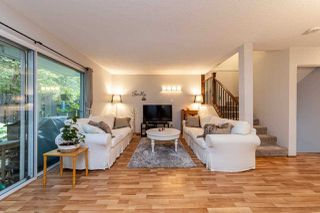"""Photo 5: 4683 HOSKINS Road in North Vancouver: Lynn Valley Townhouse for sale in """"Yorkwood Hills"""" : MLS®# R2500187"""