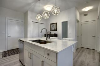 Photo 5: 405 20 Walgrove Walk SE in Calgary: Walden Apartment for sale : MLS®# A1041870