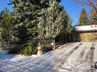 Photo 2: 1112 Beverley Boulevard SW in Calgary: Bel-Aire Detached for sale : MLS®# A1055623