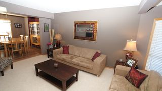 Photo 3: 131 Dawnville Drive in Winnipeg: Transcona Residential for sale (North East Winnipeg)  : MLS®# 1202210