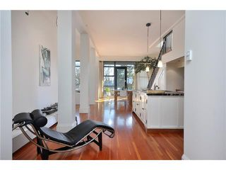 "Photo 4: 21 2156 W 12TH Avenue in Vancouver: Kitsilano Condo for sale in ""METRO"" (Vancouver West)  : MLS®# V937590"