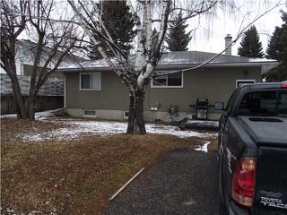Photo 2: 31 HEALY Drive SW in CALGARY: Haysboro Residential Detached Single Family for sale (Calgary)  : MLS®# C3514062