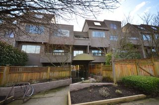 Photo 2: 301 1990 W 6TH Avenue in Vancouver: Kitsilano Condo for sale (Vancouver West)  : MLS®# V943406