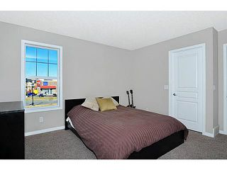 Photo 12: 114 ELGIN MEADOWS Gardens SE in CALGARY: McKenzie Towne Residential Attached for sale (Calgary)  : MLS®# C3542385