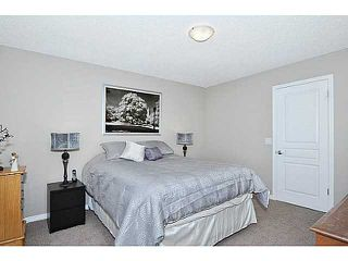 Photo 15: 114 ELGIN MEADOWS Gardens SE in CALGARY: McKenzie Towne Residential Attached for sale (Calgary)  : MLS®# C3542385