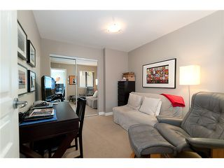 "Photo 9: 101 2015 TRAFALGAR Street in Vancouver: Kitsilano Condo for sale in ""TRAFALGAR SQUARE"" (Vancouver West)  : MLS®# V978573"