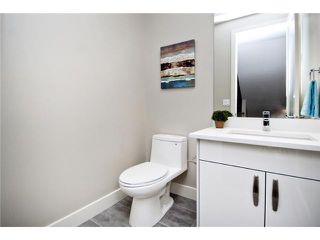 Photo 8: 2422 Bowness Road NW in CALGARY: West Hillhurst Residential Attached for sale (Calgary)  : MLS®# C3545963