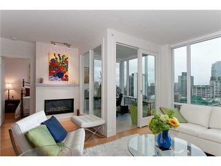 """Photo 7: 2203 565 SMITHE Street in Vancouver: Downtown VW Condo for sale in """"VITA"""" (Vancouver West)  : MLS®# V1015686"""