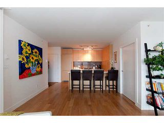"""Photo 11: 2203 565 SMITHE Street in Vancouver: Downtown VW Condo for sale in """"VITA"""" (Vancouver West)  : MLS®# V1015686"""