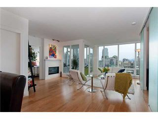"""Photo 3: 2203 565 SMITHE Street in Vancouver: Downtown VW Condo for sale in """"VITA"""" (Vancouver West)  : MLS®# V1015686"""