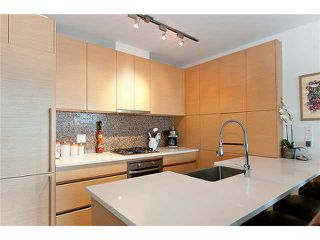 """Photo 14: 2203 565 SMITHE Street in Vancouver: Downtown VW Condo for sale in """"VITA"""" (Vancouver West)  : MLS®# V1015686"""