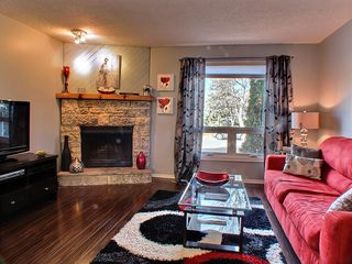 Photo 2: 335 Edelweiss Crescent in : North Kildonan Residential for sale (North East Winnipeg)  : MLS®# 1324771