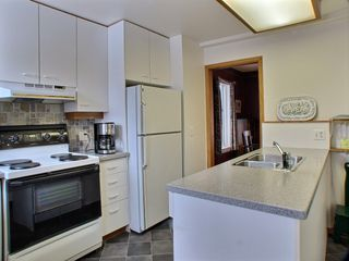Photo 3: 459 Greenwood Place in Winnipeg: West End / Wolseley Residential for sale (Central Winnipeg)  : MLS®# 1504170