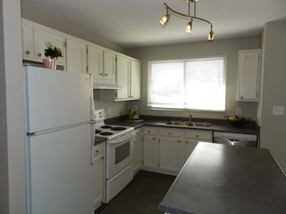 Photo 3: 14128 26 ST NW in Edmonton: Zone 35 House for sale : MLS®# E4024255