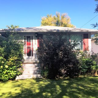 Photo 1: 226 4th Ave NE in Dauphin: Single Family Detached for sale (R30 - Dauphin and Area)