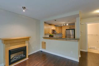 Photo 5: 77 7488 SOUTHWYNDE AVENUE in Burnaby: South Slope Townhouse for sale (Burnaby South)  : MLS®# R2120545
