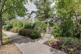 Photo 2: 77 7488 SOUTHWYNDE AVENUE in Burnaby: South Slope Townhouse for sale (Burnaby South)  : MLS®# R2120545
