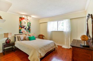 Photo 10: 3848 CLEMATIS CRESCENT in Port Coquitlam: Oxford Heights House for sale : MLS®# R2274835