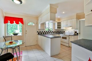 Photo 4: 3848 CLEMATIS CRESCENT in Port Coquitlam: Oxford Heights House for sale : MLS®# R2274835