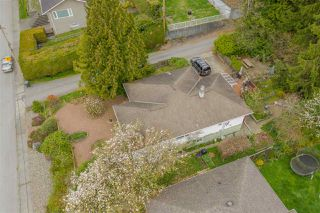 Photo 8: 4724 MAHON AVENUE in Burnaby: Deer Lake Place House for sale (Burnaby South)  : MLS®# R2360325