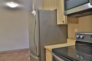 Photo 3: 305 11250 97 Street in Edmonton: Zone 08 Condo for sale : MLS®# E4177340