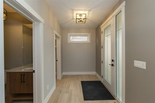 Photo 2: 3978 Kennedy Crescent in Edmonton: Zone 56 House for sale : MLS®# E4186195