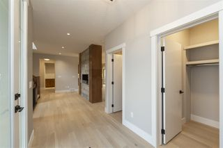 Photo 4: 3978 Kennedy Crescent in Edmonton: Zone 56 House for sale : MLS®# E4186195
