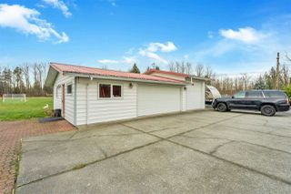 "Photo 2: 26167 24 Avenue in Langley: Otter District House for sale in ""South Otter"" : MLS®# R2435653"