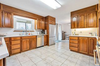 """Photo 8: 26167 24 Avenue in Langley: Otter District House for sale in """"South Otter"""" : MLS®# R2435653"""