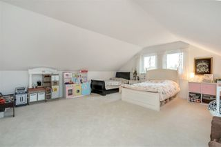 """Photo 12: 26167 24 Avenue in Langley: Otter District House for sale in """"South Otter"""" : MLS®# R2435653"""