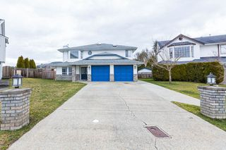 "Photo 1: 3931 WATERTON Crescent in Abbotsford: Abbotsford East House for sale in ""SANDY HILL"" : MLS®# R2438826"