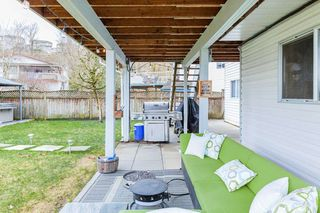 "Photo 20: 3931 WATERTON Crescent in Abbotsford: Abbotsford East House for sale in ""SANDY HILL"" : MLS®# R2438826"