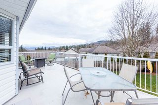 "Photo 16: 3931 WATERTON Crescent in Abbotsford: Abbotsford East House for sale in ""SANDY HILL"" : MLS®# R2438826"
