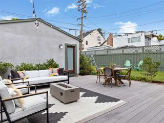 Photo 2: PACIFIC BEACH House for sale : 5 bedrooms : 1162 Beryl St in San Diego
