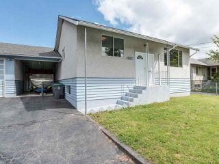 Photo 2: 12217 97 Avenue in Surrey: Cedar Hills House for sale (North Surrey)  : MLS®# R2457025