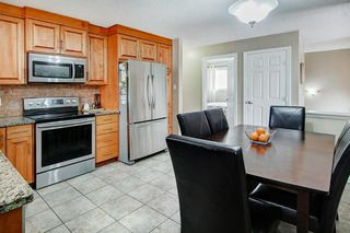 Photo 10: 416 HUNTBOURNE Hill NE in Calgary: Huntington Hills Detached for sale : MLS®# C4299383