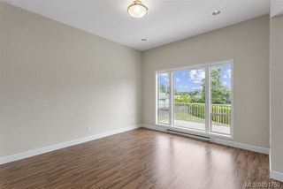 Photo 3: 304 WESSEX Lane in : Na University District House for sale (Nanaimo)  : MLS®# 851750
