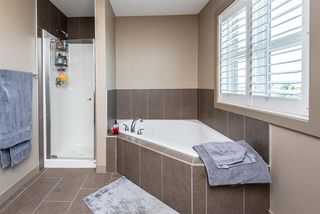 Photo 14: 1637 CUNNINGHAM Way in Edmonton: Zone 55 Townhouse for sale : MLS®# E4204804