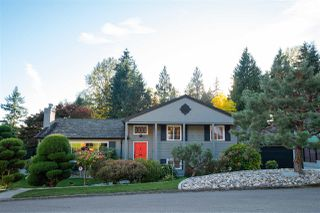 Photo 1: 492 SILVERDALE Place in North Vancouver: Upper Delbrook House for sale : MLS®# R2507699