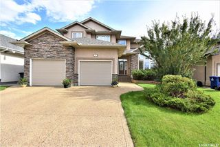 Photo 2: 243 Brookshire Crescent in Saskatoon: Briarwood Residential for sale : MLS®# SK838244