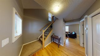 Photo 2: 2583 PEGASUS Boulevard in Edmonton: Zone 27 House for sale : MLS®# E4224247