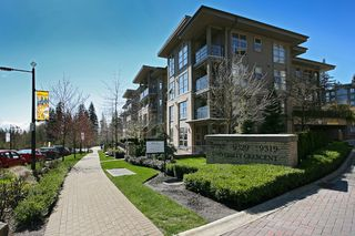 "Photo 12: 418 9339 UNIVERSITY Crescent in Burnaby: Simon Fraser Univer. Condo for sale in ""HARMONY"" (Burnaby North)  : MLS®# V938211"