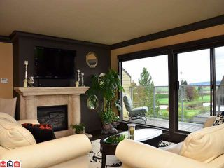 Photo 3: 14 14045 NICO WYND Place in Surrey: Elgin Chantrell Condo for sale (South Surrey White Rock)  : MLS®# F1226866