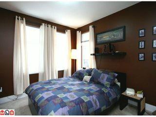 Photo 2: 66 15833 26 Avenue in Surrey: White Rock Condo for sale : MLS®# F1103281