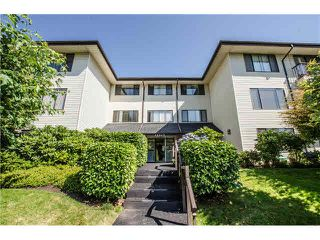"Main Photo: 203 15317 THRIFT Avenue: White Rock Condo for sale in ""Nottingham"" (South Surrey White Rock)  : MLS®# F1418103"