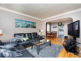Photo 2: 127 Ellesmere Avenue in WINNIPEG: St Vital Residential for sale (South East Winnipeg)  : MLS®# 1420457
