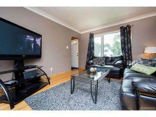 Photo 3: 127 Ellesmere Avenue in WINNIPEG: St Vital Residential for sale (South East Winnipeg)  : MLS®# 1420457