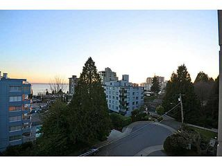 Photo 12: # 602 1737 DUCHESS AV in West Vancouver: Ambleside Condo for sale : MLS®# V1043637